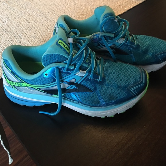 4ff0166ebf70d Brooks Shoes - Brooks Ravenna Running Shoe Sz  8.5