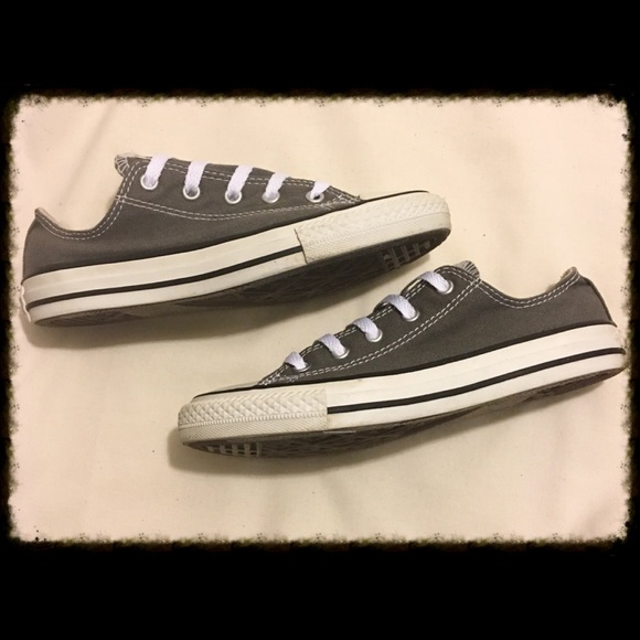 Kids Chuck Taylor Gray Low Tops Size