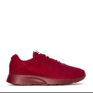 Women's Nike Tanjun (Sz 9)