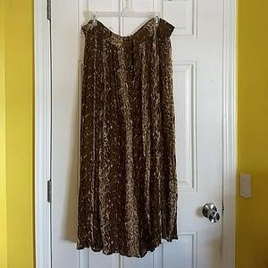 Dresses & Skirts - Maxi Skirt - NWOT