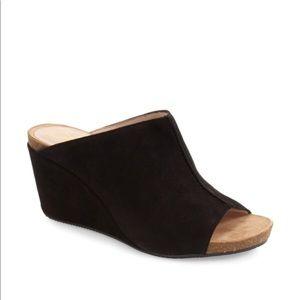f5aead591ee0 Sudini Shoes - Sudini bailey suede wedge
