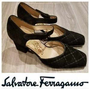 595 FERRAGAMO Quilted Suede Heels