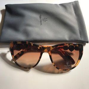 NWOT Brand new Vera Wang Panna sunglasses