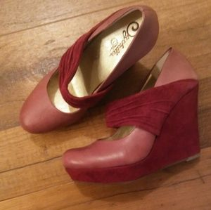 Seychelles,beautiful wedge,suede,size 8