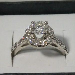 14kt White Gold Halo Diamond Engagement Ring