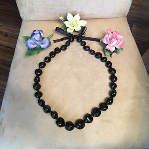 Jewelry - 🌸🌺🌸Kukui Nut Lei Necklace 🌸🌺🌸