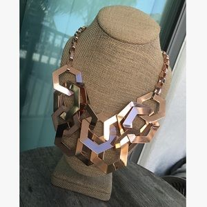 Jewelry - Linked hex hoops statement necklace