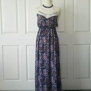 🚚 NWT Navy Paisley Lace Detail Maxi Dress M