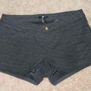 H&M poka dot shorts