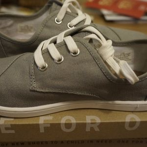 Toms Paseo Ash Canvas Sneakers