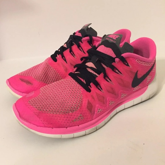 913fafd85999 Nike Free 5.0 Shoes Pink Womens 9. M 5a0c86eb9c6fcff00500b825