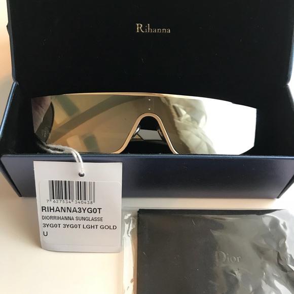 b98c3eeac008 Rhianna X Dior Sunglasses- 3YG0T