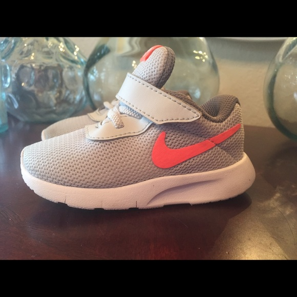 Nike Other - Nike toddler girls gray   coral pink shoes sz 5c 378f598aaf91