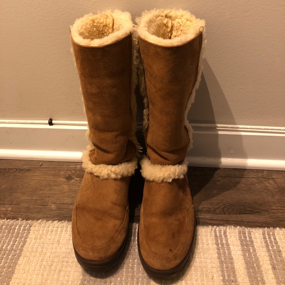 df2a2665abf Ugg Sundance Genuine Shearling Waterproof Boot