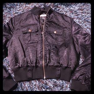 Forever 21 Satin Crop Black Jacket SZL 👚🛍🎀