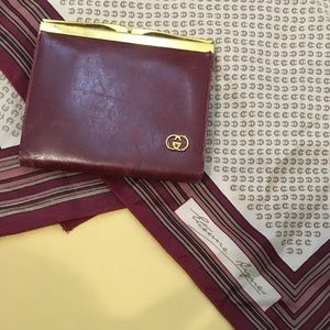 Vintage GUCCI coin purse and 100%silk scarf