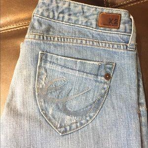 X2 Skinny W01 Jeans (Short)
