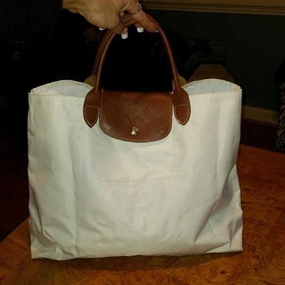 Longchamp Cabas Modele Depose White Bag