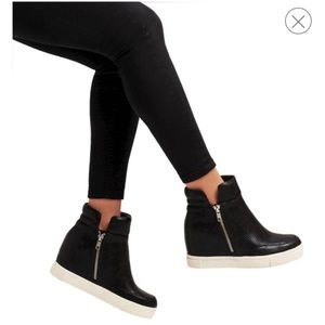 Gisel High Top Wedges