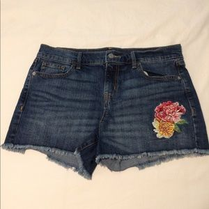 Old Navy jean shorts with flower appliqué