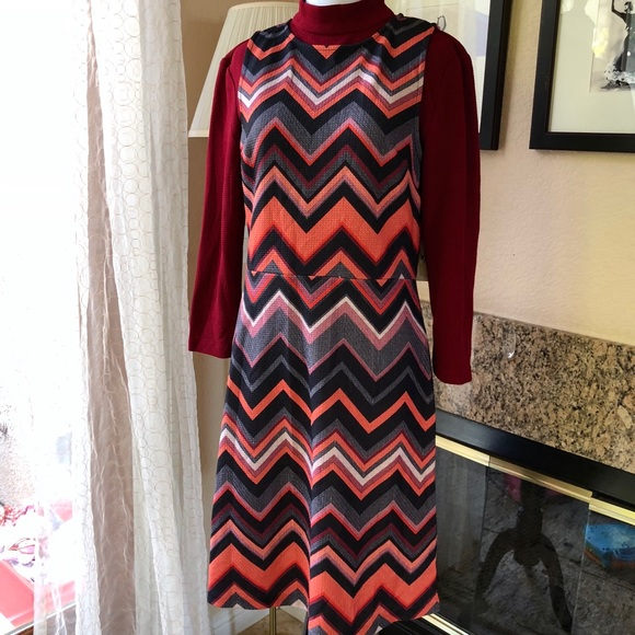 ECI Dresses - Eci Dress in Beautiful Chevron Print