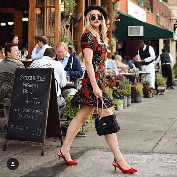 Lulu's Dresses & Skirts - Lulus floral dress