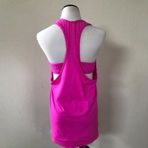 Trina Turk : Workout Tank With built-in Bra