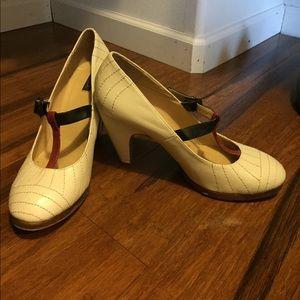 N.y.l.a heels