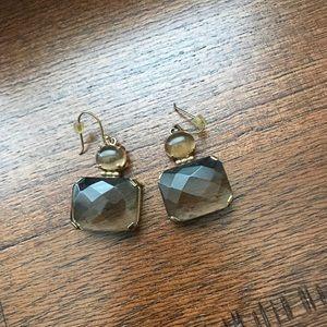 Jewelry - Pendant earrings