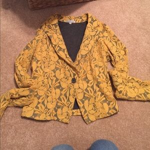 NWOT cropped Lacey blazer
