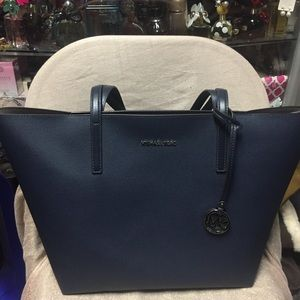 8f6fffc85fc0 MICHAEL Michael Kors Bags - Michael Kors Hayley Large Coated Canvas Tote