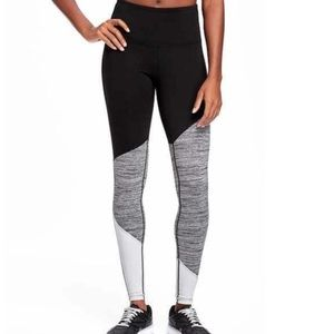 Old Navy Active Color Block Leggings