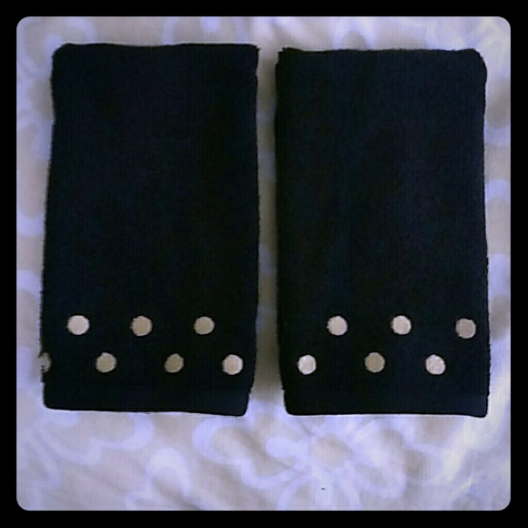 Black hand towels with gold dots