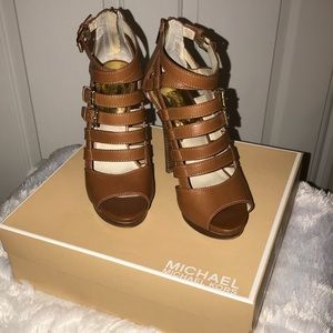 Tan Brown Michael Kors Platform heels