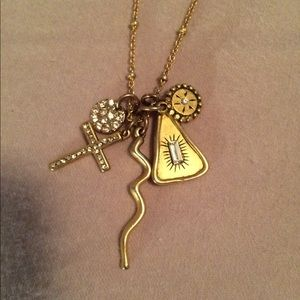 Jewelry - Delicate charm necklace
