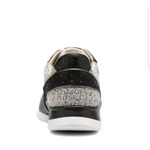 80b9b9943d3 UGG deaven trainers sneaker black/ Gray Sz 8.5 NWT