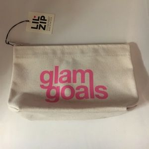 Dogeared Glam Goals Lil Zip Pouch