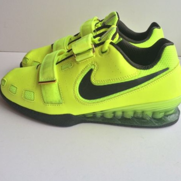 New Nike Romaleos volt weightlifting shoe. M 5a0cd9cff0137d0bca0057cf d8df644af3b2