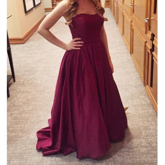 3c6e7d36f70 Betsy   Adam Dresses   Skirts - Betsy   Adam Burgundy Gown