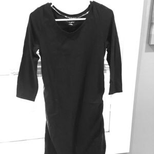 Three-quarter sleeve black maternity dress