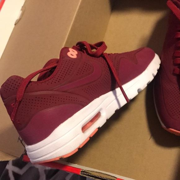 Buy burgundy nike air max \u003e up to 38