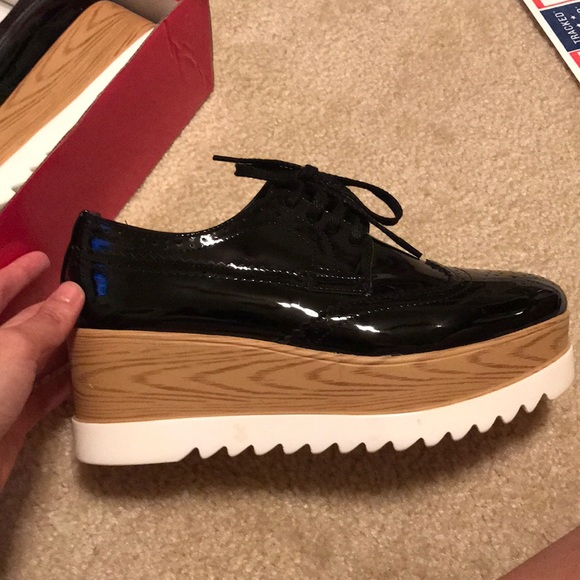 1e071e40d001 New Glister Platform Sneaker(sim Stella McCartney). Glister.  M 5a0d1c86713fde96be0222d1. M 5a7c87812c705d1aad520dbb.  M 5a0ce35d3c6f9f8c0c00ace6