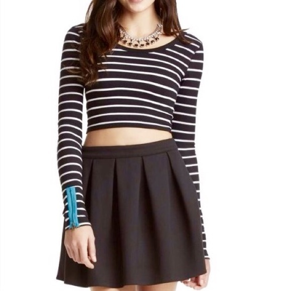 Aeropostale Dresses & Skirts - NWOT Bethany Mota Black Pleated A-line Skirt