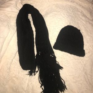 Express hat and scarf set