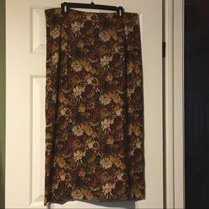 Dresses & Skirts - Woman's skirt