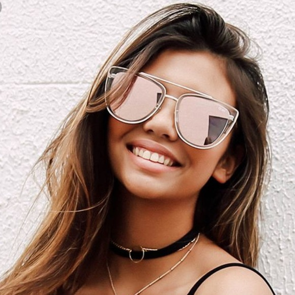 2c1fb9bcff05f Quay Australia French Kiss Mirror Sunglasses. M 5a0cea67bcd4a7d62600ca5f