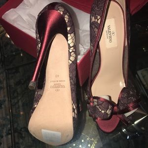 Brand new in box Valentino shoes size 40