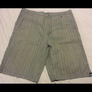 Mens Vans Shorts Size 34