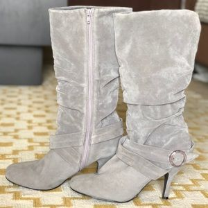 Slouchy faux suede grey boots
