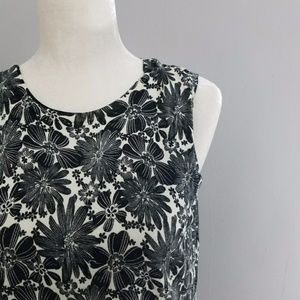 Sarah Spencer | 54% Silk Black & White Floral Top